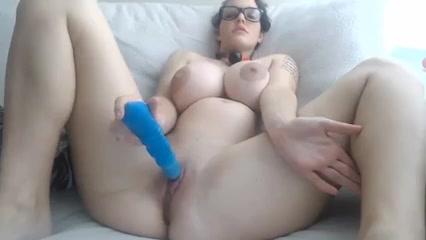 Ебля и мастурбация беременной