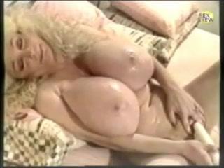 Ретро ебля с пышной блондинкой